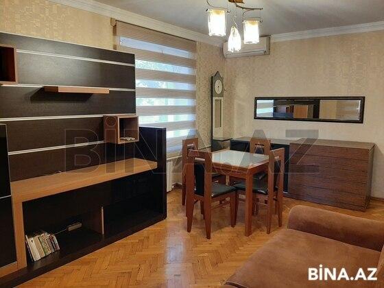 2 otaqlı köhnə tikili - İnşaatçılar m. - 30 m² (1)