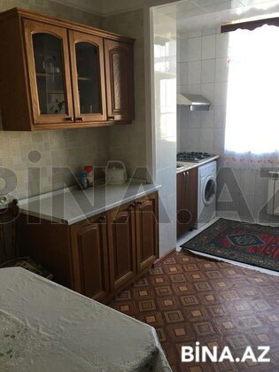 3 otaqlı köhnə tikili - 8-ci kilometr q. - 85 m² (1)
