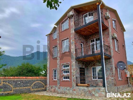 5 otaqlı ev / villa - Qəbələ - 230 m² (1)
