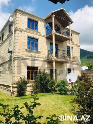 6 otaqlı ev / villa - Qəbələ - 260 m² (1)