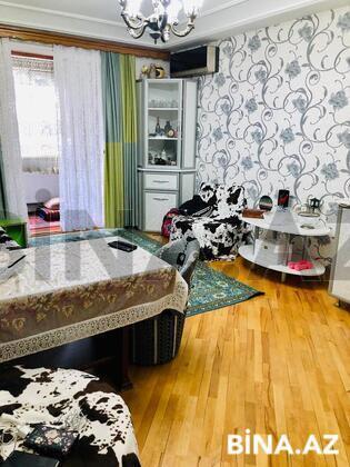 1 otaqlı köhnə tikili - 8-ci mikrorayon q. - 40 m² (1)