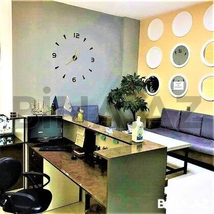 Obyekt - İnşaatçılar m. - 246 m² (1)