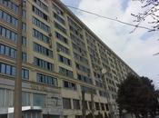 2 otaqlı köhnə tikili - Azadlıq Prospekti m. - 65 m²