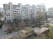 2-комн. вторичка - м. Нефтчиляр - 62 м²