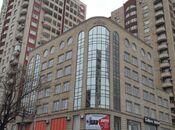 4-комн. новостройка - м. Эльмляр Академиясы - 179 м²