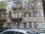6-комн. офис - м. Сахиль - 180 м²