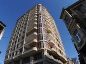 3-комн. новостройка - м. Сахиль - 115 м²