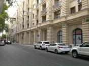 2 otaqlı köhnə tikili - Səbail r. - 90 m²