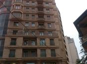 3-комн. новостройка - м. Сахиль - 176 м²