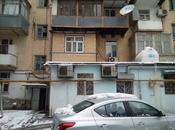3-комн. вторичка - м. Кара Караева - 80 м²