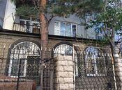 3 otaqlı köhnə tikili - Bayıl q. - 80 m²