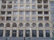 3-комн. новостройка - м. Нариман Нариманова - 90 м²