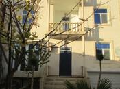 5 otaqlı ev / villa - Qaraçuxur q. - 311 m²