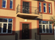 6 otaqlı ev / villa - Qaraçuxur q. - 220 m²