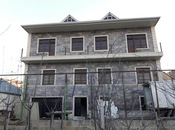 12 otaqlı ev / villa - Hökməli q. - 685 m²