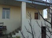Bağ - Novxanı q. - 700 m²
