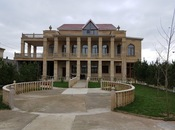6 otaqlı ev / villa - Buzovna q. - 600 m²