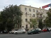 3-комн. вторичка - м. Эльмляр Академиясы - 96 м²