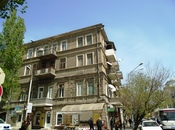 2-комн. вторичка - м. Джафар Джаббарлы - 58 м²