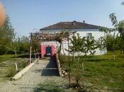 Дача - м. Нариман Нариманова - 200 м²