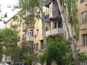 4-комн. вторичка - м. Эльмляр Академиясы - 205 м²
