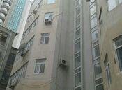 3-комн. новостройка - м. 28 мая - 280 м²