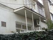 4 otaqlı köhnə tikili - Nizami m. - 100 m²