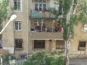 2-комн. вторичка - м. Эльмляр Академиясы - 56 м²