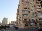 4-комн. вторичка - м. Эльмляр Академиясы - 135 м²