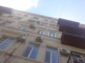 2-комн. вторичка - м. Сахиль - 59 м²