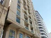 3-комн. новостройка - м. Сахиль - 145 м²
