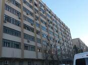 4-комн. вторичка - м. Эльмляр Академиясы - 105 м²