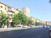 4 otaqlı köhnə tikili - Nəsimi r. - 85 m²