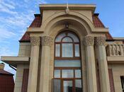 10 otaqlı ev / villa - Şüvəlan q. - 2800 m²