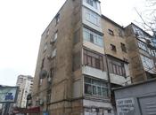 2 otaqlı köhnə tikili - Neftçilər m. - 70 m²
