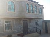 8 otaqlı ev / villa - Müşviqabad q. - 242 m²