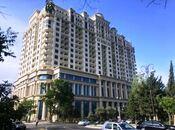 5-комн. новостройка - м. Эльмляр Академиясы - 220 м²