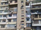 4 otaqlı köhnə tikili - İnşaatçılar m. - 87 m²