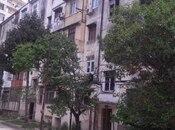 3 otaqlı köhnə tikili - 20 Yanvar m. - 61 m²
