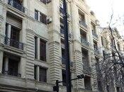 2-комн. вторичка - м. Сахиль - 53 м²