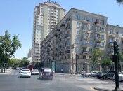 2-комн. вторичка - м. Сахиль - 55 м²