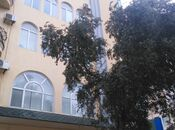 3-комн. офис - м. Эльмляр Академиясы - 130 м²