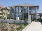 8 otaqlı ev / villa - Binə q. - 400 m²