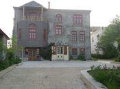 11 otaqlı ev / villa - Badamdar q. - 400 m²