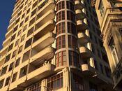 4-комн. новостройка - м. Сахиль - 223 м²