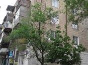 3 otaqlı köhnə tikili - Qara Qarayev m. - 65 m²