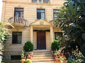 6 otaqlı ev / villa - Gənclik m. - 350 m²