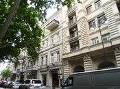 3-комн. вторичка - м. Сахиль - 85 м²