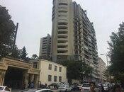 3-комн. новостройка - м. Эльмляр Академиясы - 157 м²