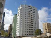 3-комн. новостройка - м. Эльмляр Академиясы - 130 м²